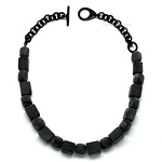 Q11572 MATTED BEADS WATER BUFFALO NECKLACE