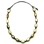Q12981 WATER BUFFALO TWO TONE OVAL BEADS HORN NECKLACE